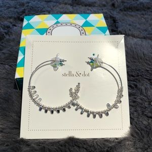 Stella and Dot Delicate Petal Hoops